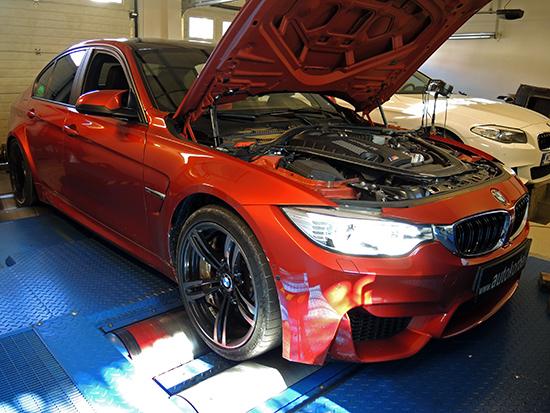 BMW F80/82 M3/M4 Autokorbel cikk motor